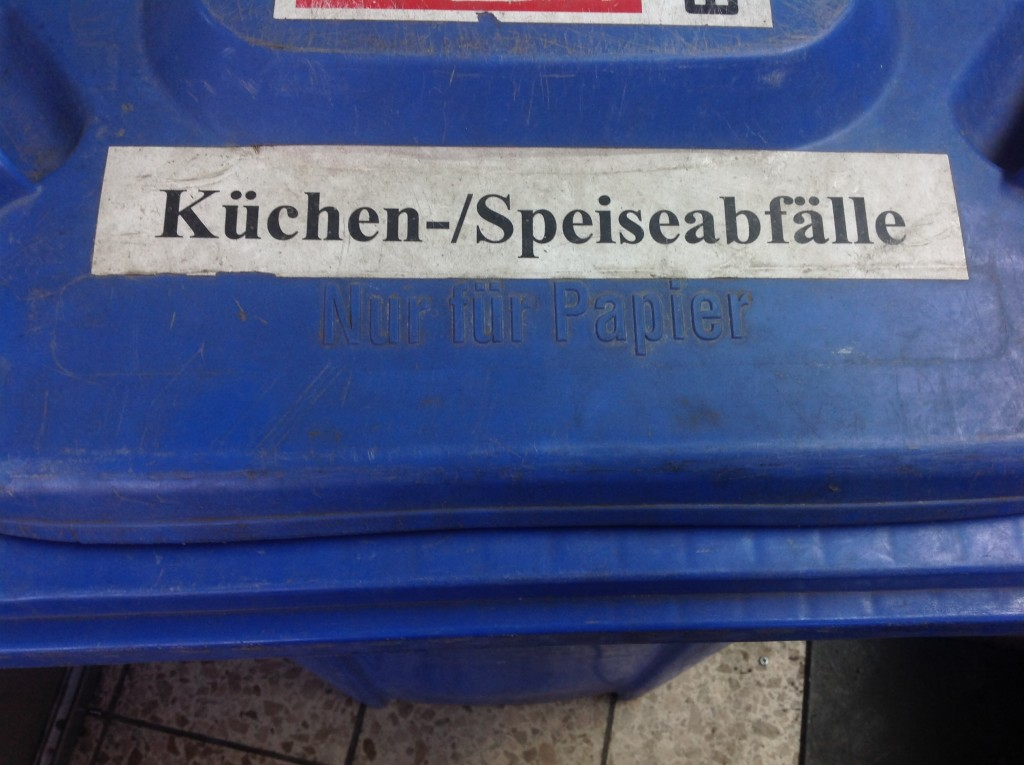 Abfalltonnen-Re-Recycling